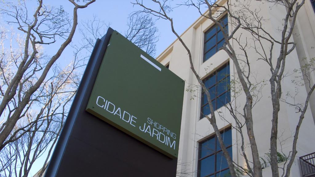 ONDV_Cases_Shopping_Cidade_Jardim_Fachada_com_Logo