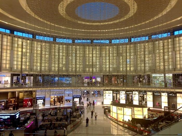 A área das grifes de Luxo no The Dubai Mall.