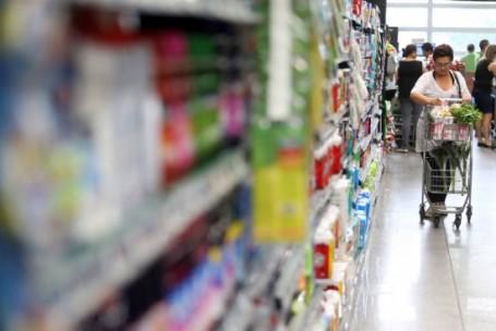 Sinais da crise: marcas mais baratas ganham força