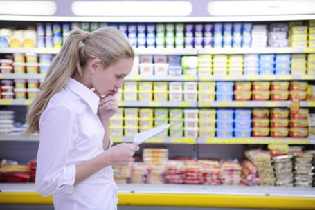 Preço é decisivo na crise, mas consumidor quer manter as marcas habituais