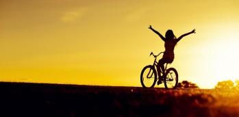 bicycle-girl-photo-wallpaper-1920x12001