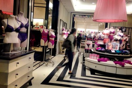 Victoria's Secret muda linha e ressalta conforto