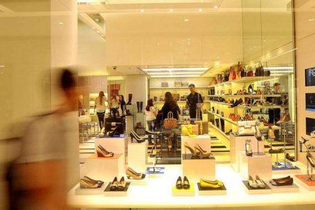 Na crise, brasileiro muda consumo e infla programas de fidelidade