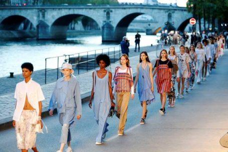 'Veja agora, compre agora': como a moda se adapta à sociedade conectada