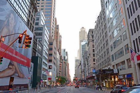 Quinta Avenida, em Nova York, é a rua mais cara do mundo