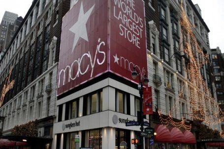 Hudson's Bay negocia compra da Macy's