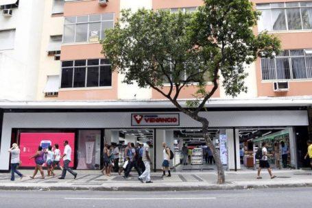 Rio perde 4.524 lojas em 2016