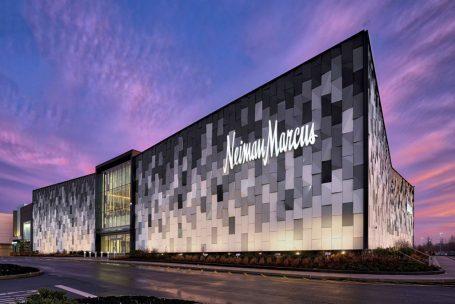 Hudson's Bay, proprietária da Saks Fifth Avenue, pretende comprar a Neiman Marcus