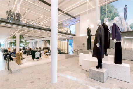 Zara foca em megalojas e e-commerce