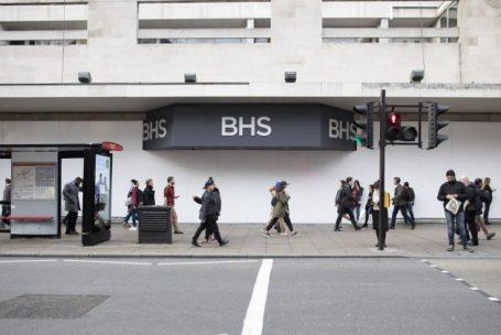 Varejo de rua britânico agoniza um ano após colapso do setor
