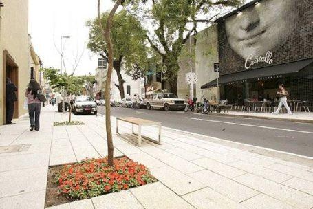 Oscar Freire sofre debandada de marcas de luxo